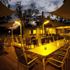 Bungle Bungle Savannah Lodge licensed bar and outdoor dining