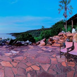 Faraway Bay Eagle Lodge and terrace