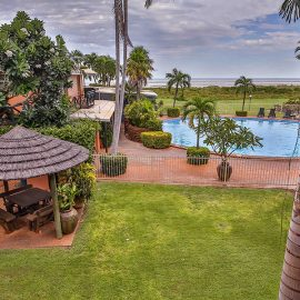 Moonlight Bay Suites gardens and outdoor activities