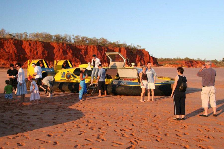 Scenic & Prehistoric Hovercraft Tour