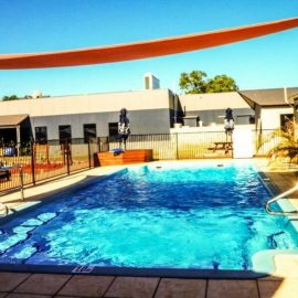 Spinifex Hotel Swimming Pool